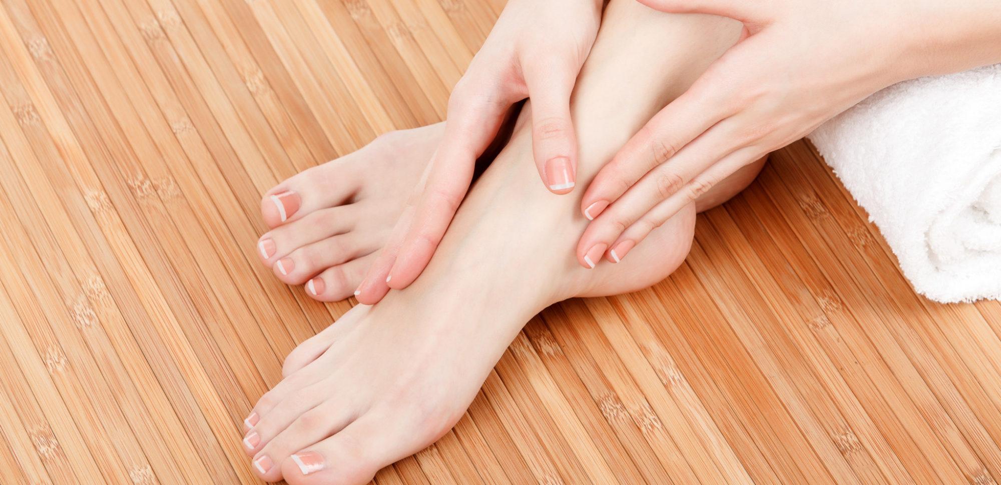 وصفات طبيعية لترطيب القدمين فى الشتاء (2)