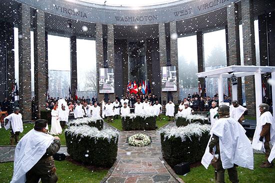 مراسم إحياء ذكرى مرور 75 عامًا على معركة الانتفاخ