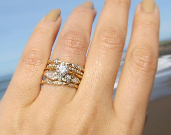 اختيار خاتم الخطوبة