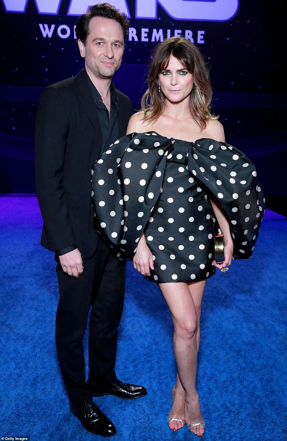 كيري راسل وزوجها (1)
