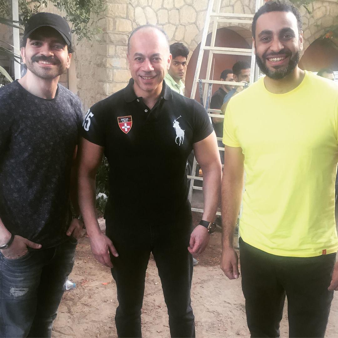 فاروق هاشم ومصطفى عمر مع رجل الاعمال تامر مرسى