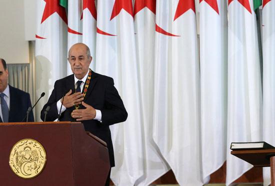 الرئيس-الجزائري-المنتخب-عبد-المجيد-تبون-خلال-حفل-أداء-اليمين