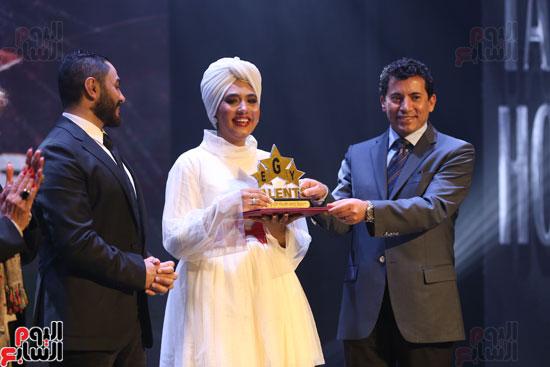 حفل وزارة الشباب لتكريم تامر حسنى بعد دخوله موسوعة جينيس (25)