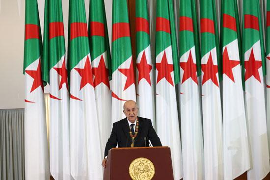 الرئيس-الجزائري-المنتخب-عبد-المجيد-تبون-يلقي-كلمة-خلال-حفل-أداء-اليمين-الدستورية