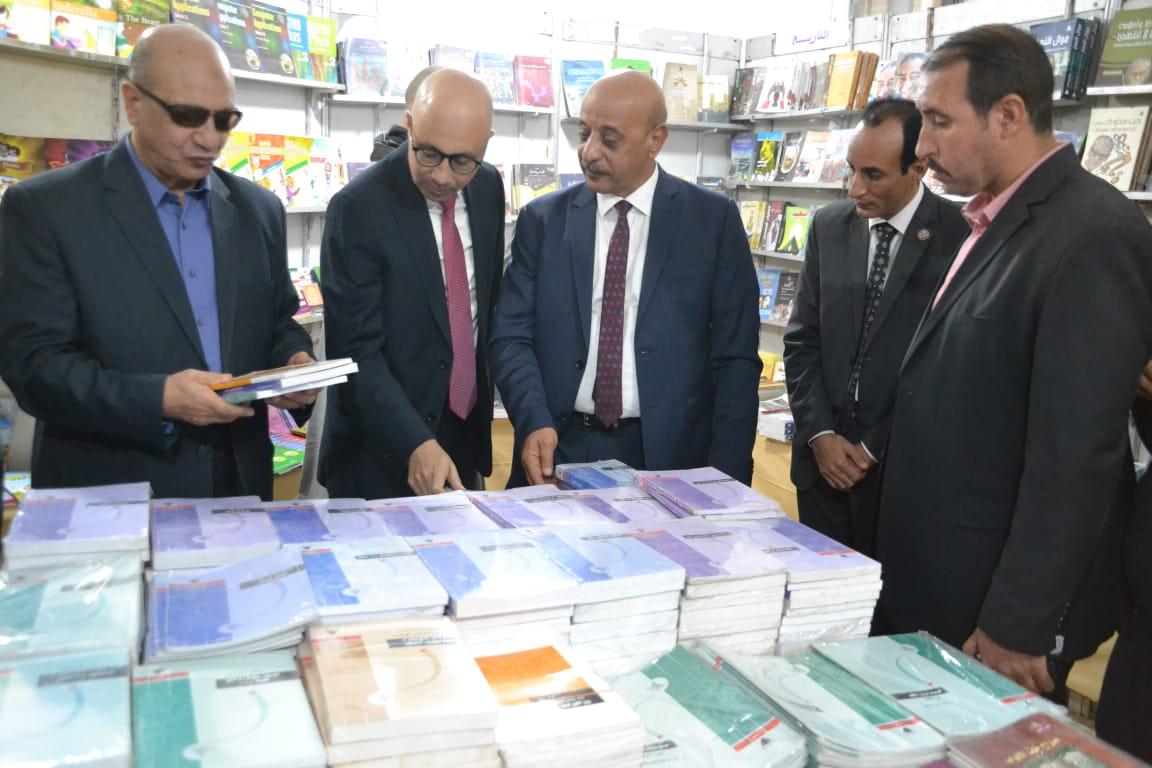 افتتاح معرض الكتاب بقرية فى الصعيد  (3)