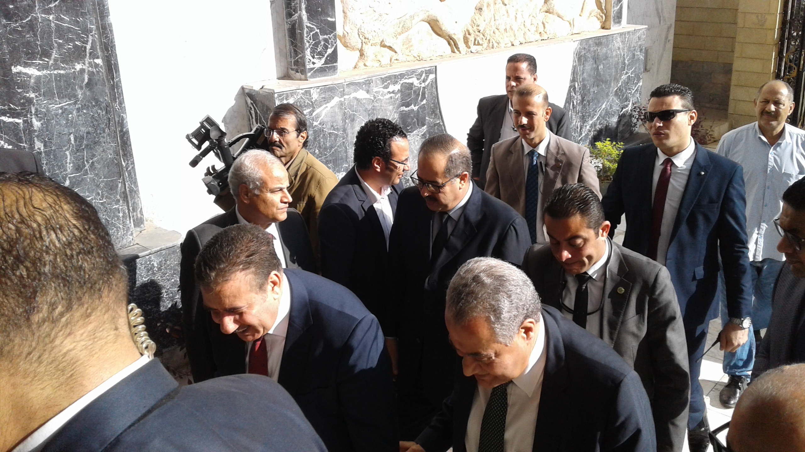 محافظ المنوفية يستقبل وزير التموين لوضع حجر اساس مشروع دلتا لاند مارك (1)