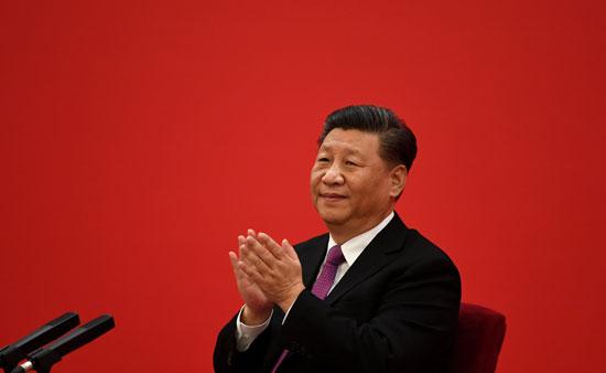 الرئيس-الصينى-يصفق-لحظة-افتتاح-المشروع