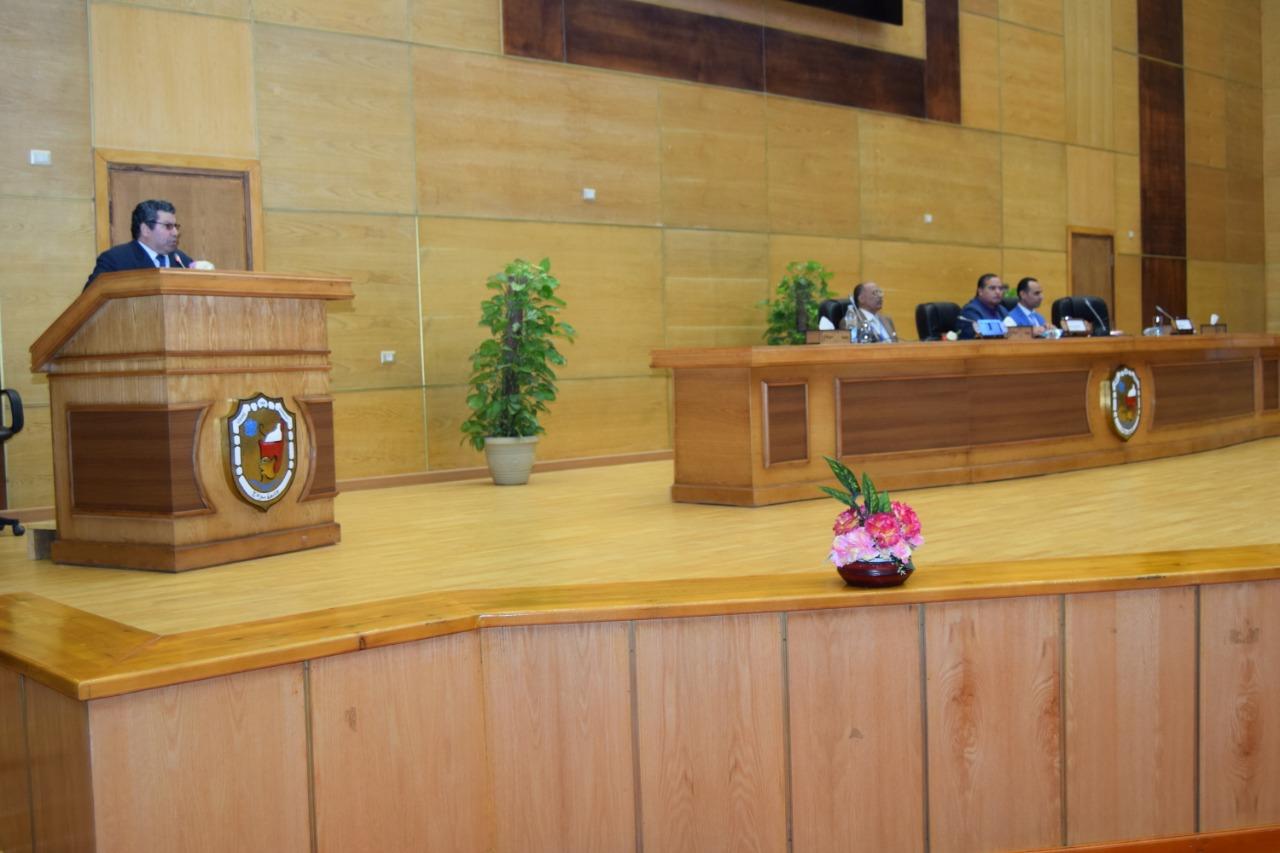 جامعة سوهاجتحتفل باليوم العالمي لذوي الاحتياجات الخاصة (14)