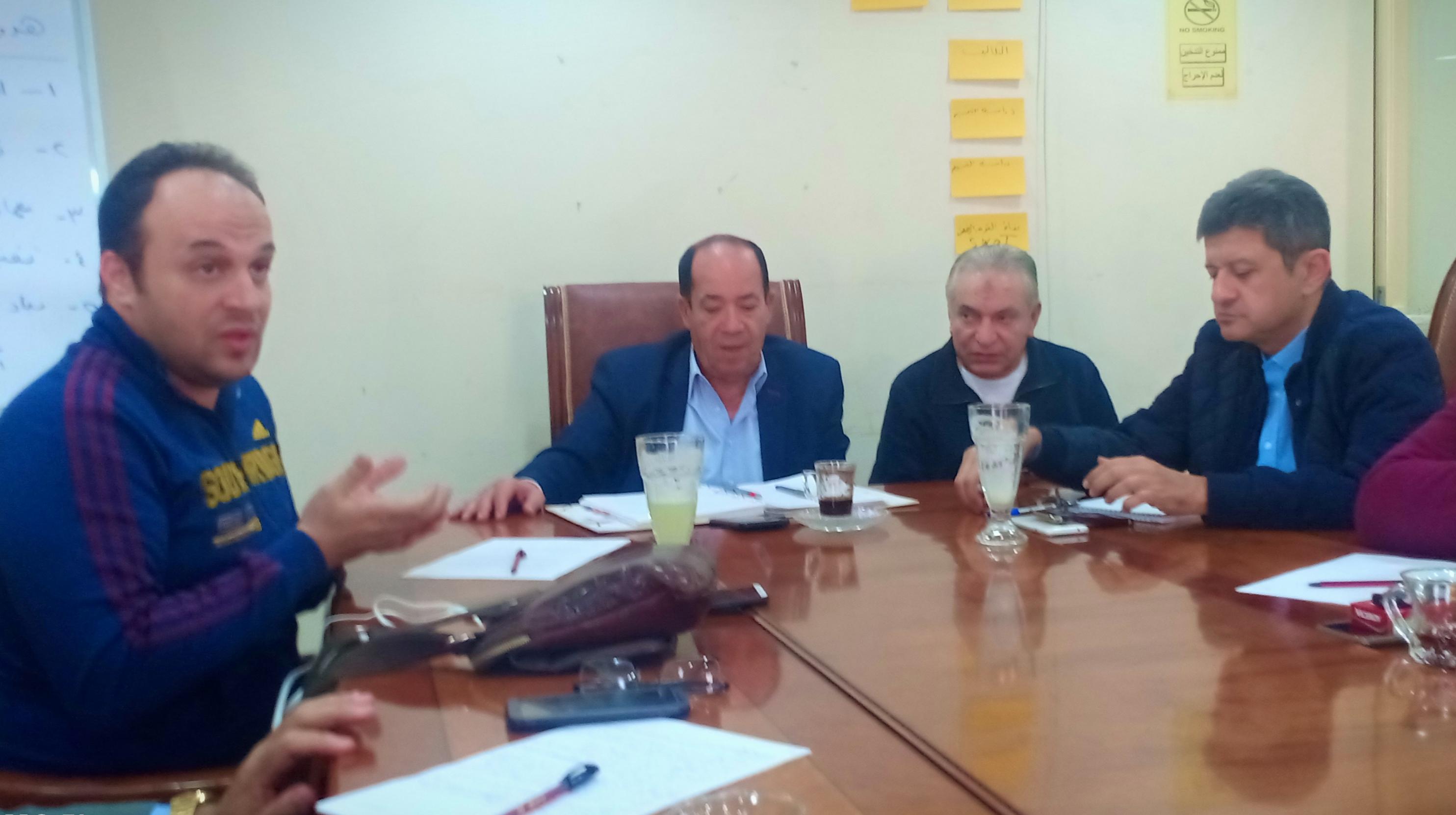 اجتماع الغرفة التجارية (1)