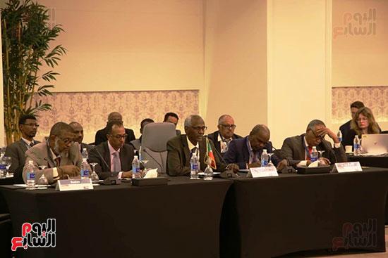 الوفد السودانى خلال اجتماعات سد النهضة