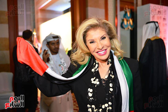 الاعلامية هالة سرحان فى احتفالات السفارة الاماراتية