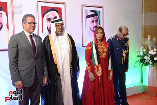 خالد العنانى وزير الاثار والسفير الاماراتى