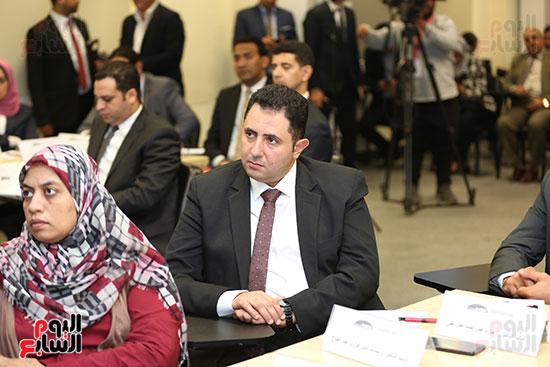 الحضور بورشه عمل وزيرة التخطيط