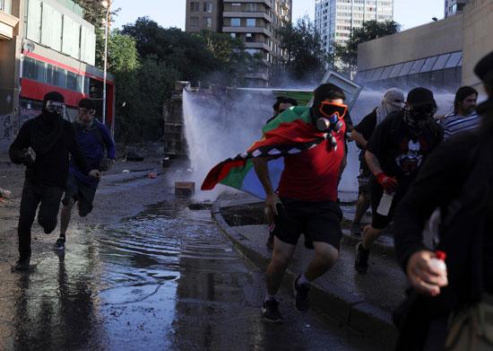 الاشتباكات فى تشيلى