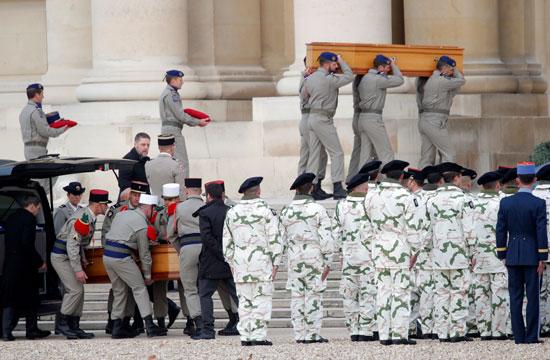 تأبين-الجنود-الفرنسيين-فى-باريس
