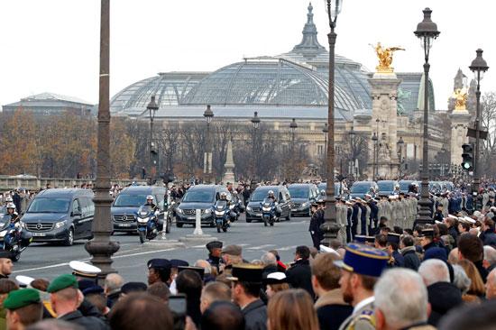 أعداد-كبيرة-من-المواطنين-يشاركون-فى-تأبين-ضحايا-الجيش-الفرنسى