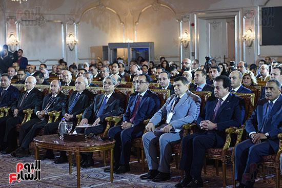 المنتدى العربى الخامس حول آفاق توليد الكهرباء (11)