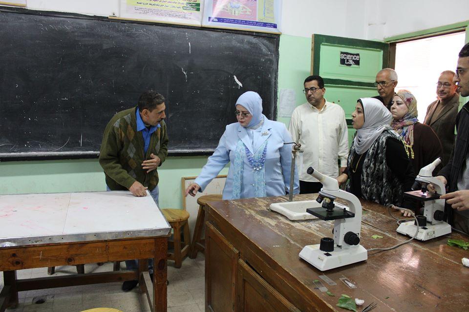 جانب من جولة وكيل تعليم كفر الشيخ (2)