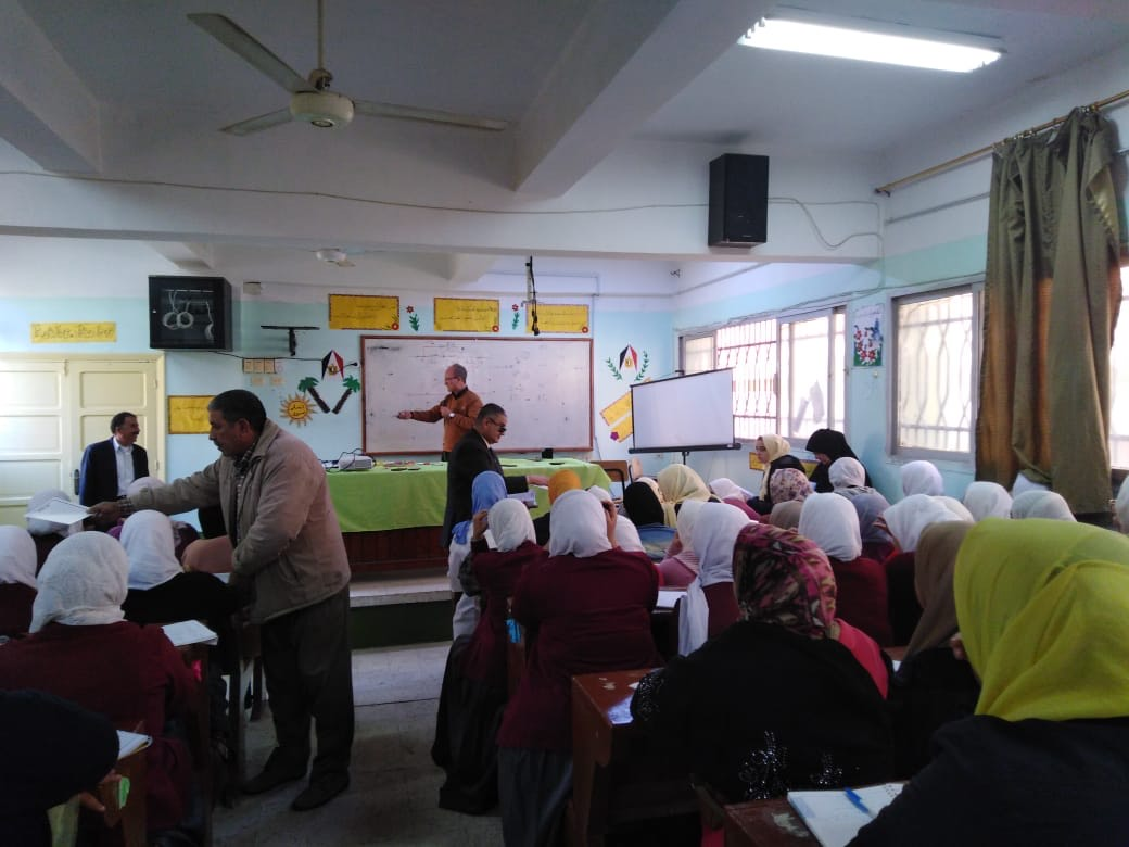 قوافل التعليم  (4)