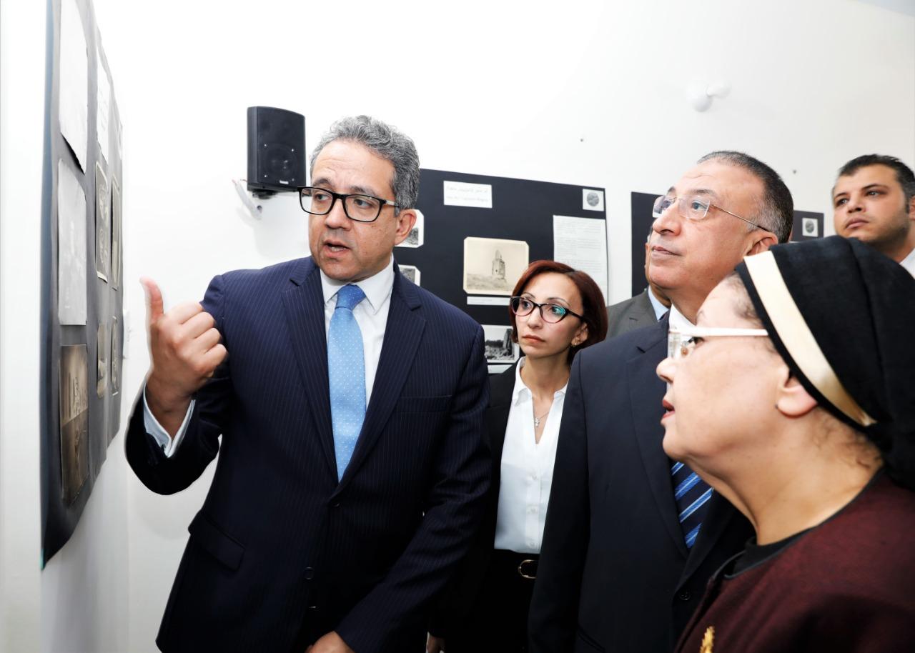 وزير الآثار فى جمعية الآثار بالإسكندرية (1)
