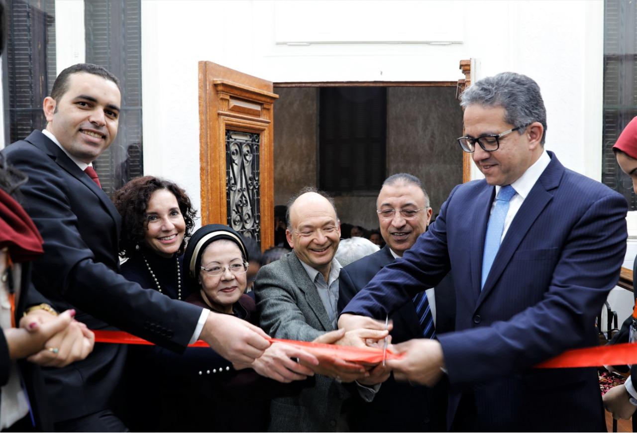 وزير الآثار فى جمعية الآثار بالإسكندرية (2)