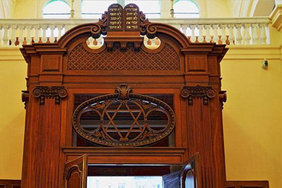 المعبد اليهودى إلياهو هنابى  بالإسكندرية (8)
