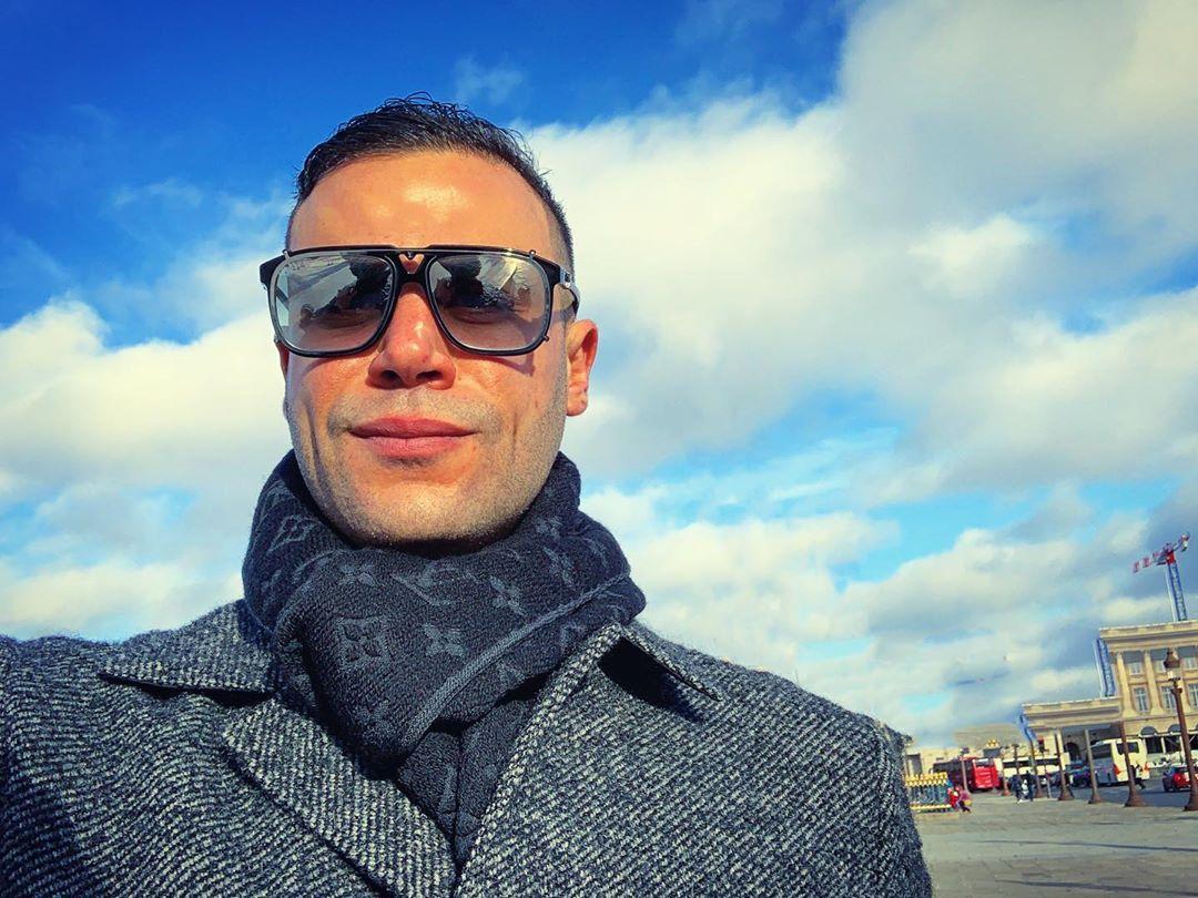 محمد إمام فى باريس
