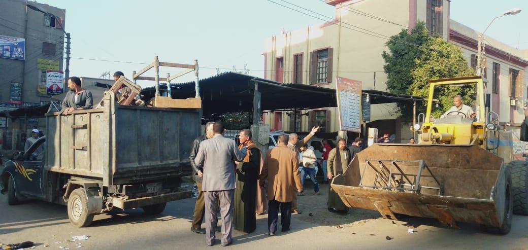 إزالة ورفع الإشغالات من الشوارع (6)
