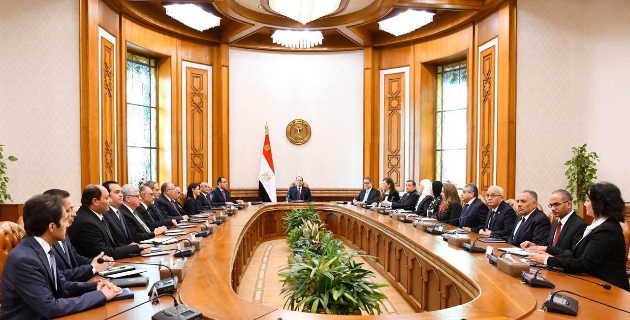 اجتماع الرئيس مع الوزراء الجدد