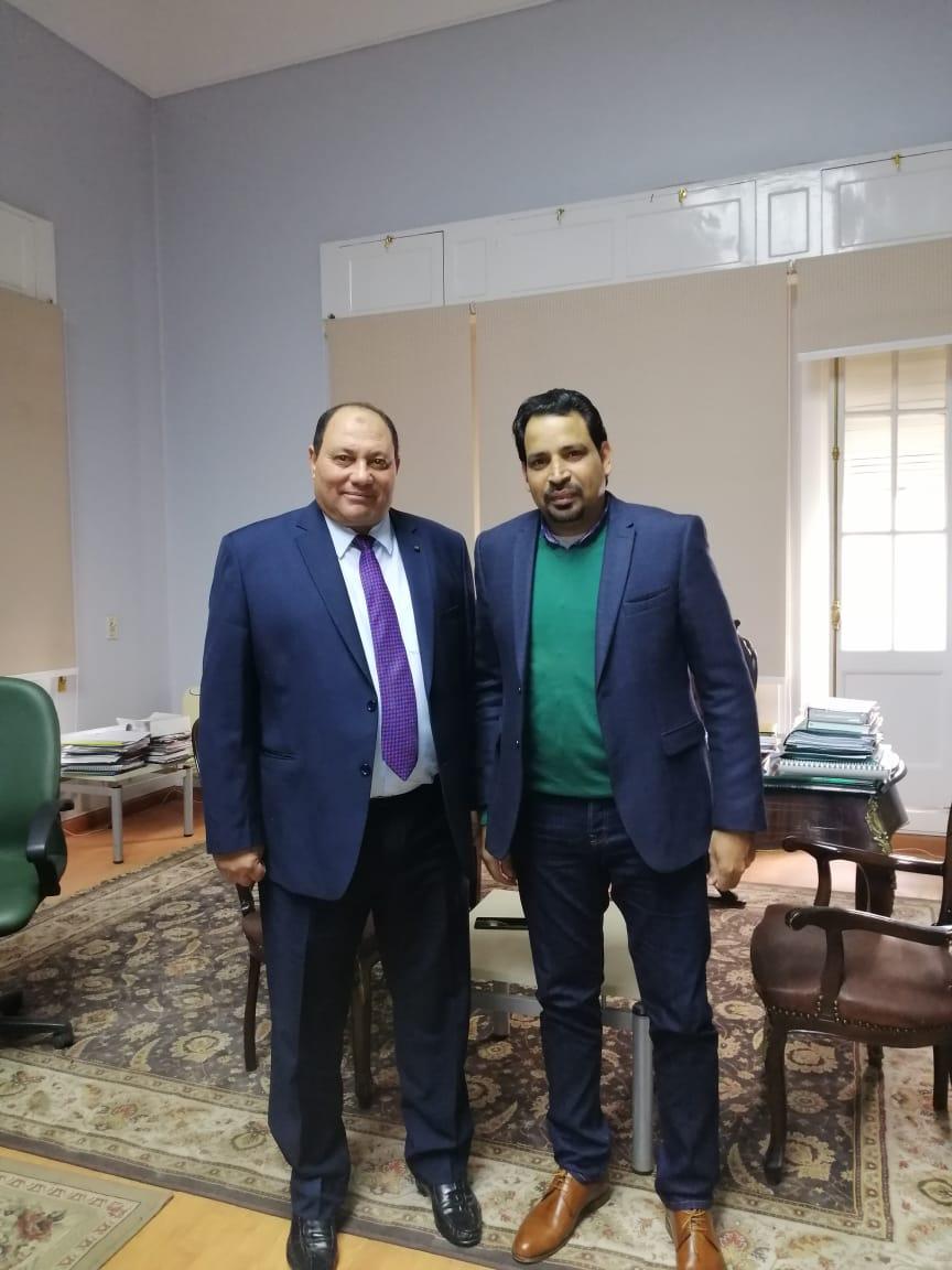 الدكتور مصطفى الصياد نائب وزير الزراعة والزميل عز النوبى (9)
