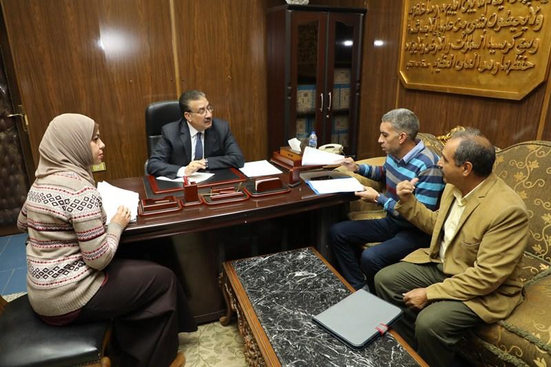 لقاء محافظ المنوفية بالمواطنيين (2)