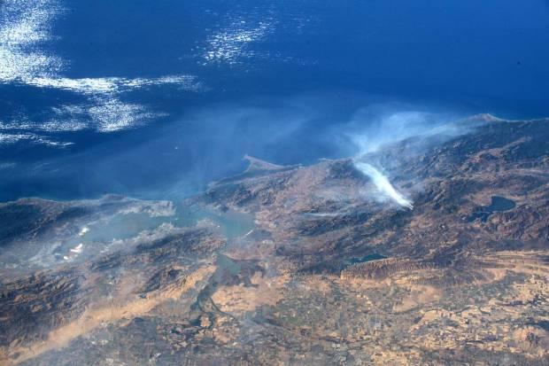 حريق كاليفورنيا من الفضاء