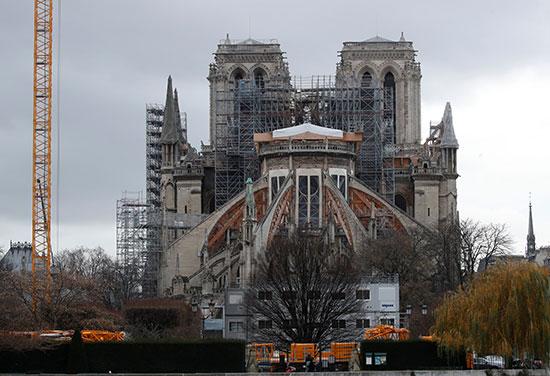 كاتدرائية نوتردام فى فرنسا