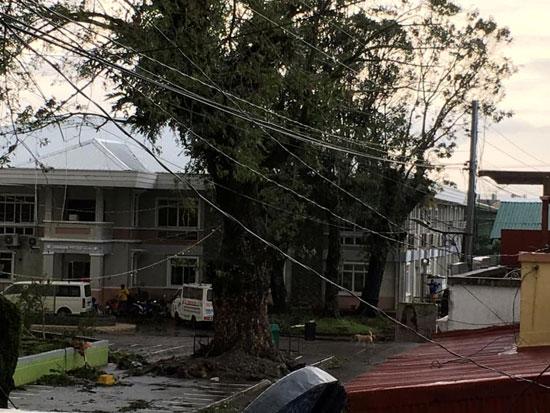 جانب من الإعصار (2)