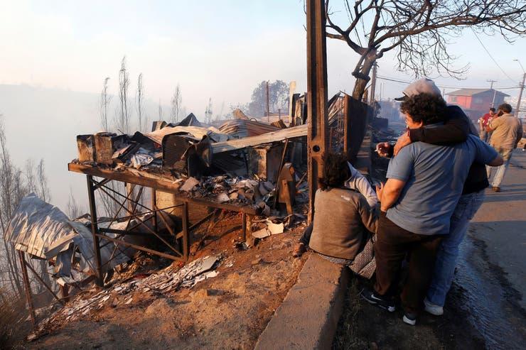 تدمير 200 منزل فى حرائق فالباريسو