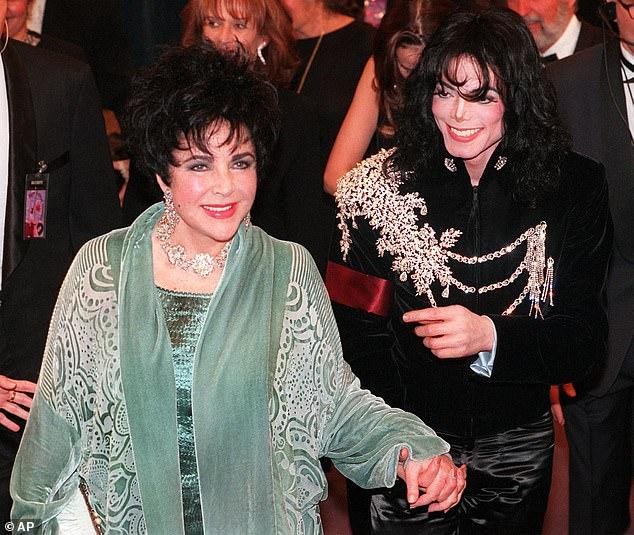 مايكل جاكسون مع اليزابيث تايلور