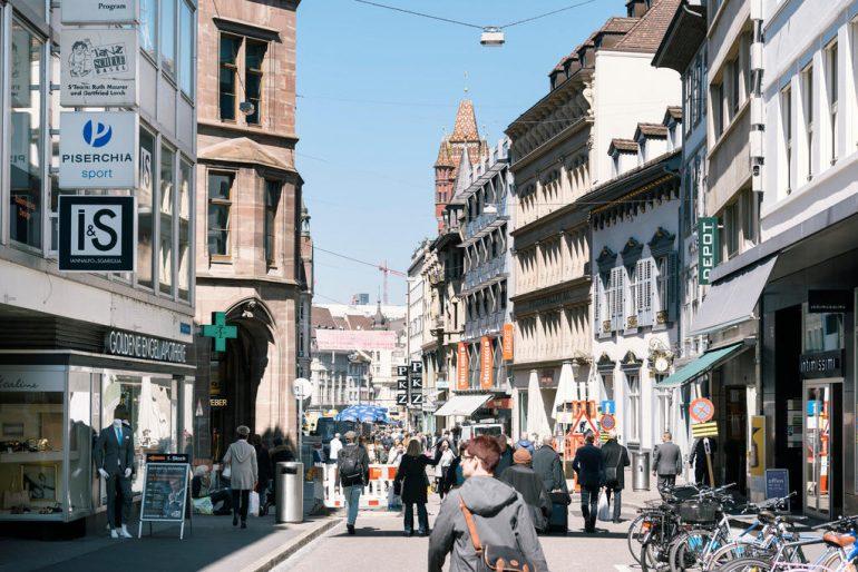 شارع Freiestrasse في بازل بسويسرا
