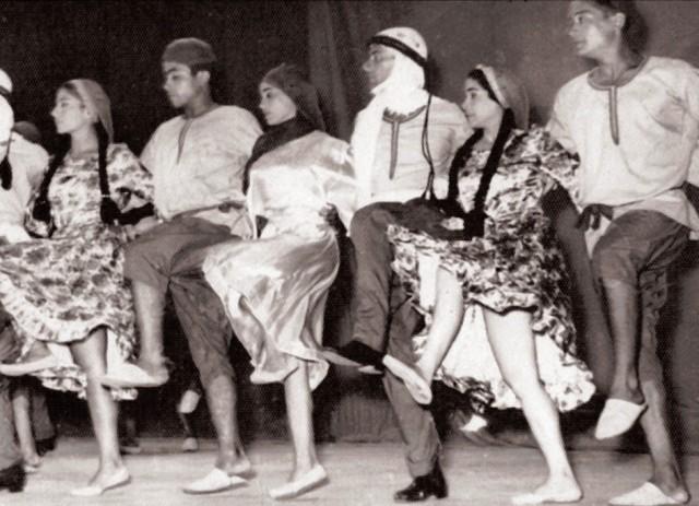 فرقة رضا فى إحدى الحفلات الخارجية