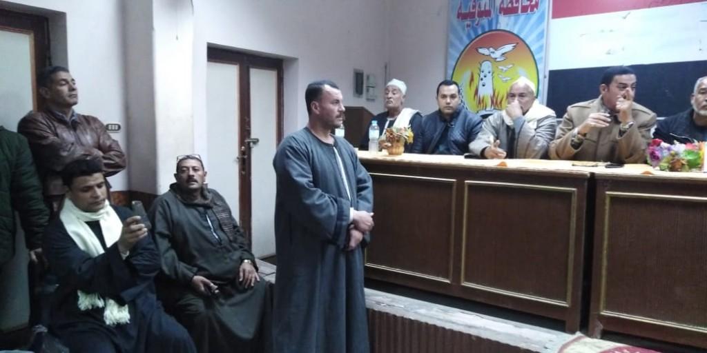 جلسة صلح بين عائلتين بإحدى قرى مركز تلا  (7)