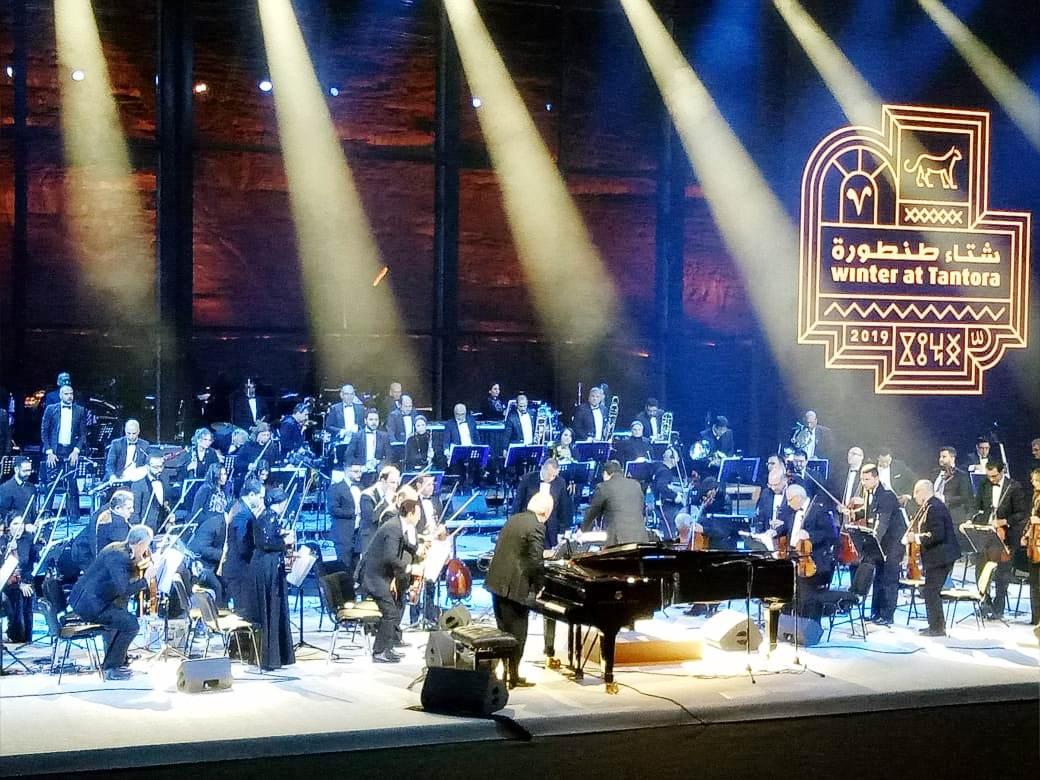 حفل الموسيقار الكبير عمر خيرت بمهرجان شتاء طنطورة فى السعودية (2)