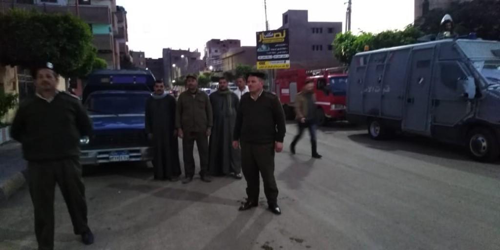 جلسة صلح بين عائلتين بإحدى قرى مركز تلا  (9)