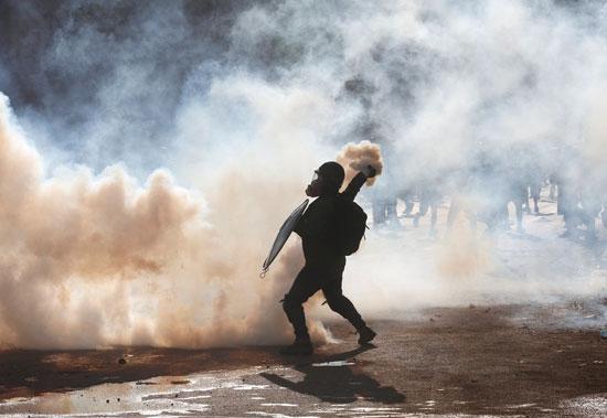 الغاز المسيل للدموع