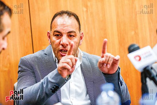 أحمد بلال (1)