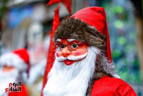 تمثال بابا نويل