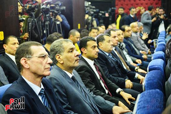 الجلسة الثالثة للحوار الوطنى للأحزاب لمستقبل وطن (17)
