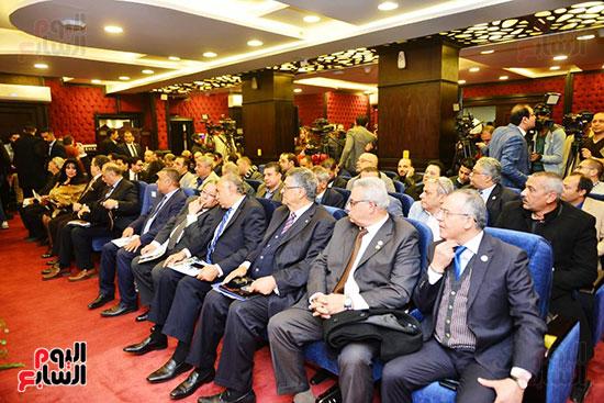 الجلسة الثالثة للحوار الوطنى للأحزاب لمستقبل وطن (22)