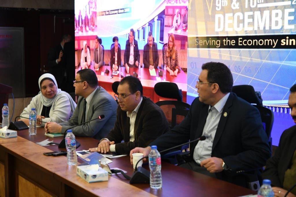 خلال اللقاء الصحفى بمقر هيئة الرقابة المالية