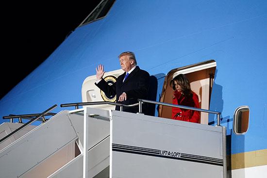 ترامب يصل مطار ستانستيد