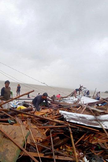المنازل-المدمرة-بسبب-الإعصار