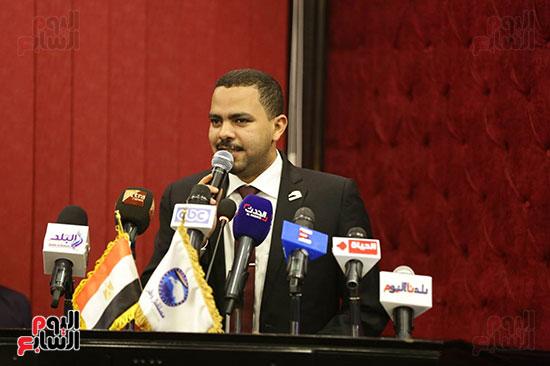 الجلسة الثانية للحوار الوطنى للأحزاب المصرية (25)